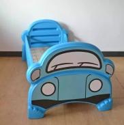 Giường nhựa đơn hình ô tô xanh cho bé