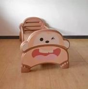 Giường nhựa đơn hình khỉ cho bé