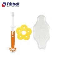 Bàn chải bước 3 (12m) Richell RC93865